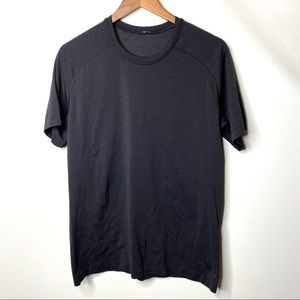 Lululemon men black tee M C8
